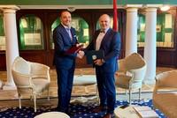 Посольство РА и адвокат Рубен Маркарьян подписали договор о сотрудничестве и юридической помощи гражданам Армении