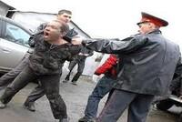 Правозащита online: Как вести себя при задержании и чем грозит сопротивление сотруднику полиции?