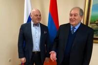 Рубен Маркарьян: Президент Армении по Конституции не может даже вернуть закон на доработку